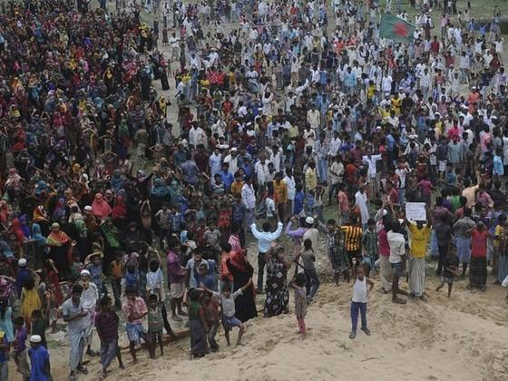 孟加拉村民抗议火电厂建设 四人在冲突中丧生