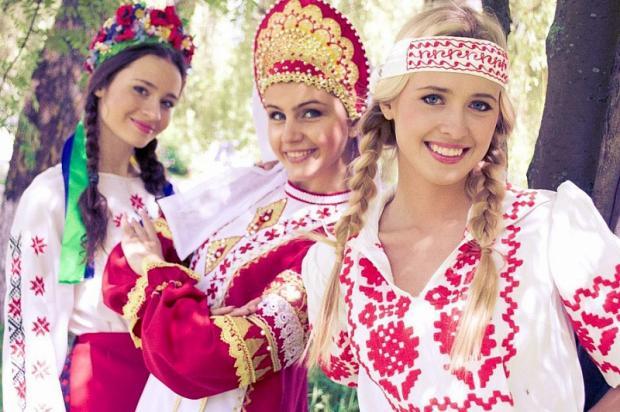 俄罗斯女性的千年时尚