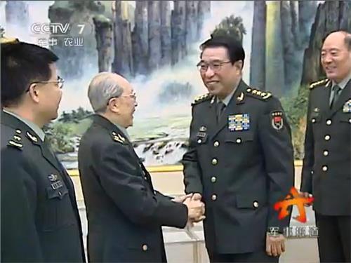 94岁的吴孟超,每周二台大手术?你信吗?