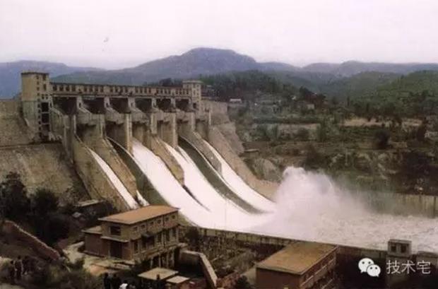 邢台七里河:一条都说没有泄洪的河