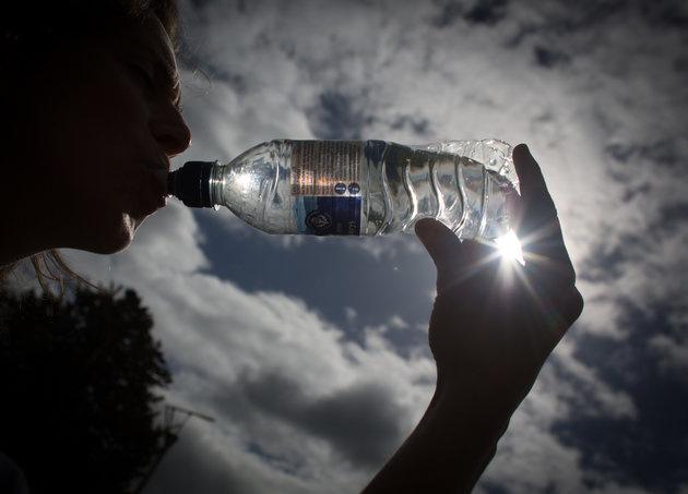 为啥美国开始为瓶装水担忧?