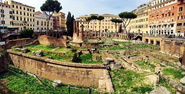 意大利印象(1):元老院遗址前的遐想