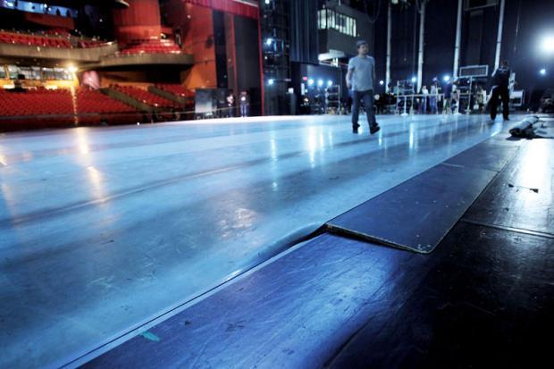 纯技术分析和科普:如何评价本次G20峰会的水上芭蕾《天鹅湖》