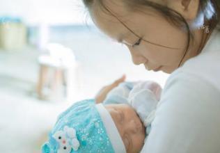 与其鼓励生育二胎 不如放开自主生育