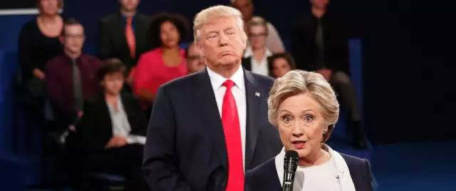 史上最low的总统辩论给美国报纸出了一道难题