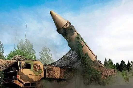 航母杀手,东风-21D 中程弹道导弹