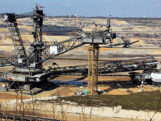 G20国家在巴黎协定后仍支持大量海外煤炭项目