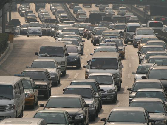 新能源汽车鼓励政策或减缓燃油效率提升