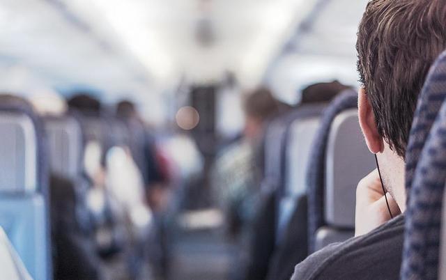 从飞机头等舱看不同人的财富观念