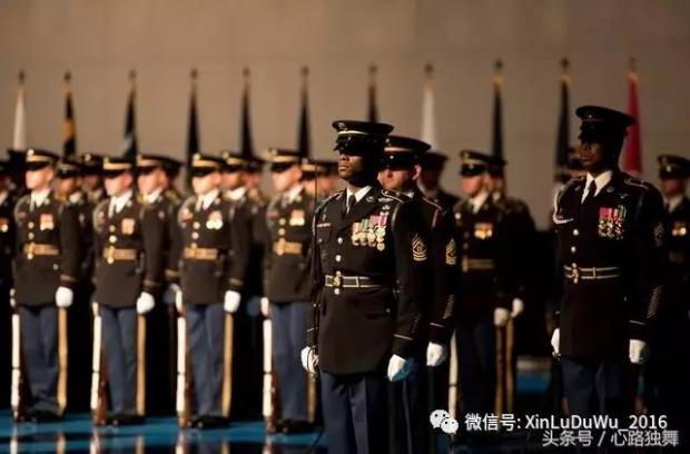 实拍美国的阅兵式