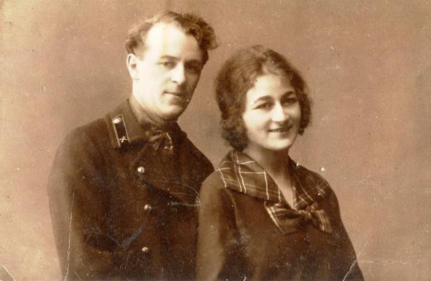 20世纪初的俄罗斯女人——我收集的俄罗斯百年老照片