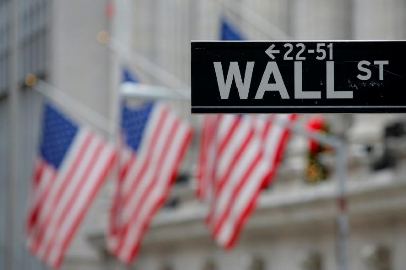 特朗普减税新政出炉在即  美三大股指齐创新高