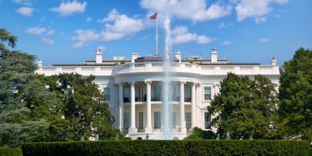 特蕾莎·梅:英国和美国准备进行可能的贸易谈判
