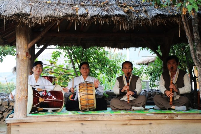 【寰行中国】翩翩起舞,朝鲜族百年部落