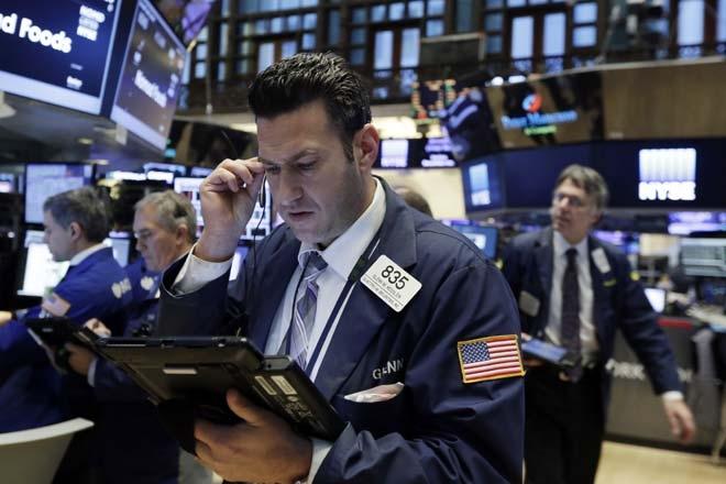 美联储加息次日:医疗保健股大跌  标普道指下挫