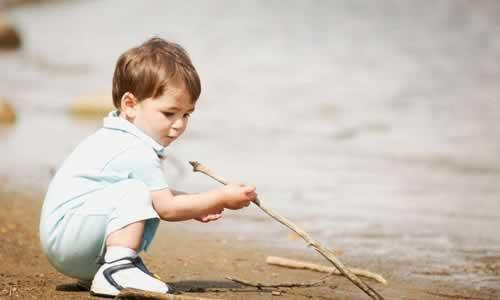 我们的孩子正在割裂的时空中成长