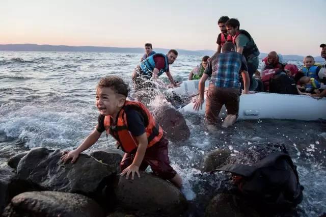 从越界者眼中看见国际人权法的极限:难民与无国籍人
