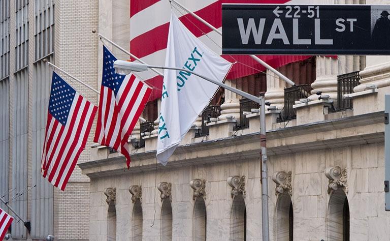 FBI局长职务遭解除引投资者担忧  美股涨跌不一