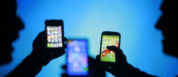 对发达经济体中社交媒体使用量的反思