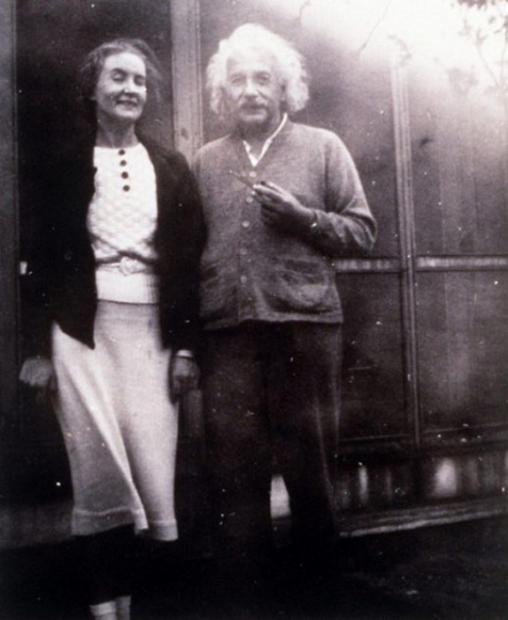 爱因斯坦的克格勃情人