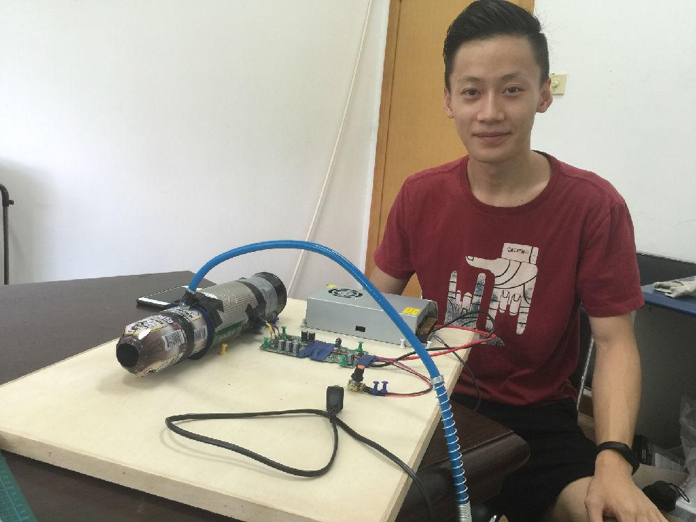同济大学大二学生自制的涡喷发动机