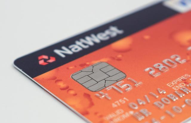 为什么建行要将乐视员工建行信用卡额度被调成1元?