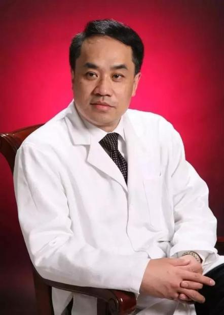 顾晋:因为我是医生