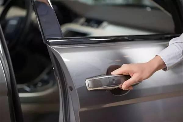 正常合格车辆被偷开肇事,车主不应承担责任