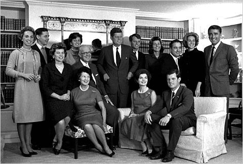 肯尼迪家族的理性和不理性
