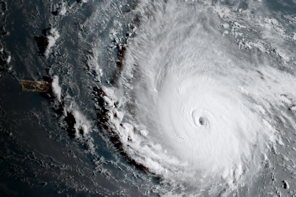 飓风艾尔玛登陆在即   美股涨跌不一
