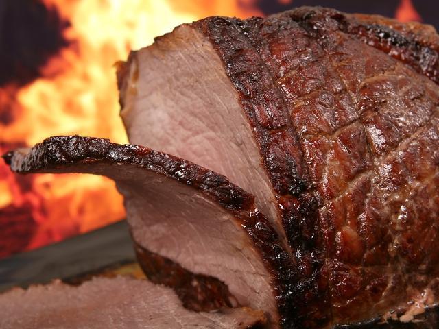 中国年年丰收还狂进口粮食,竟然是我们的肉吃多了?