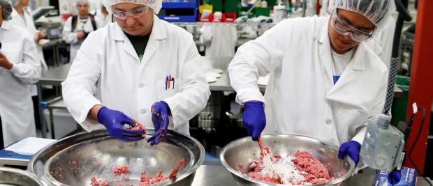 """科学家们创造出了一种100%真实的""""清洁肉类"""",它没有残杀,也不会带来碳排放"""