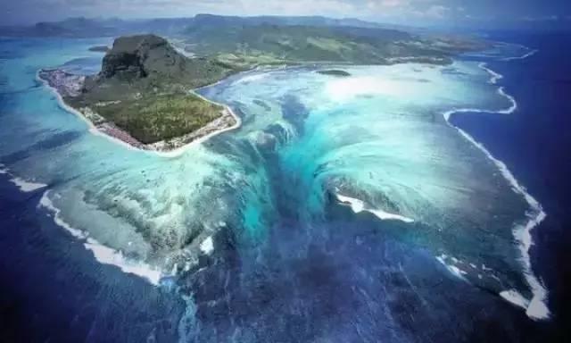 """世界上最大的瀑布居然""""深藏""""海底"""