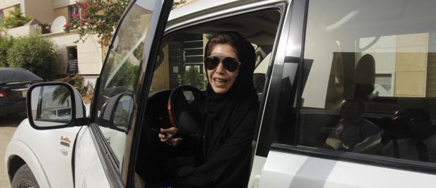 沙特妇女终于赢得了驾驶权