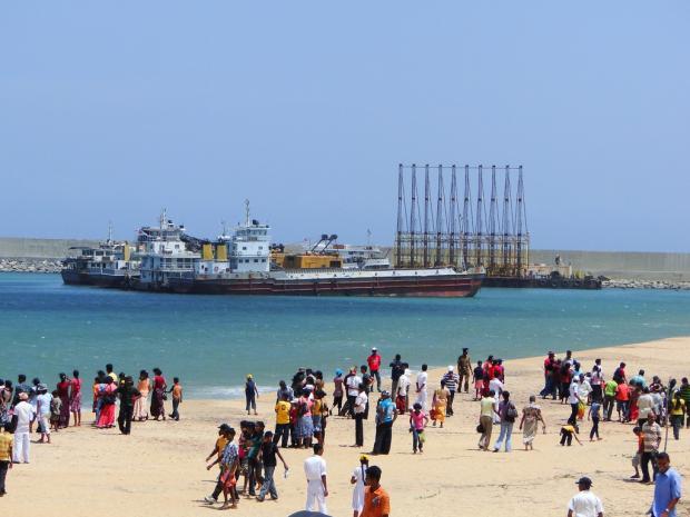 """港口建设遇阻,斯里兰卡被迫对华""""求援"""""""