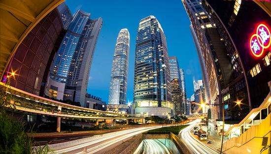 破纪录的402亿港元!李嘉诚出售香港中环中心背后的细节