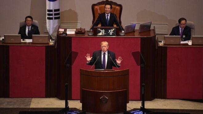 川普在韩国国会直骂金正恩