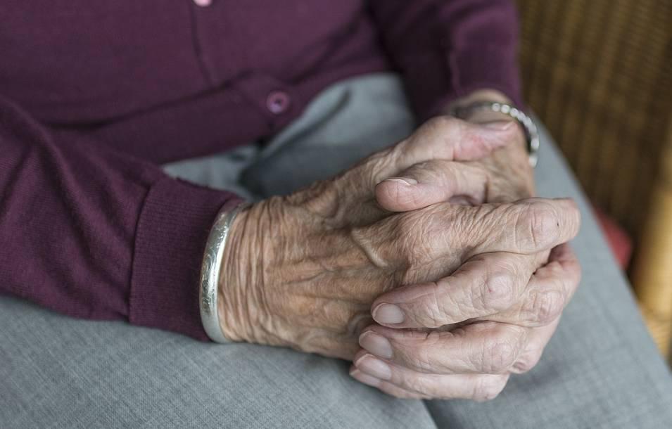 未富先老时代,2.2亿人的养老市场到底有哪些机遇?