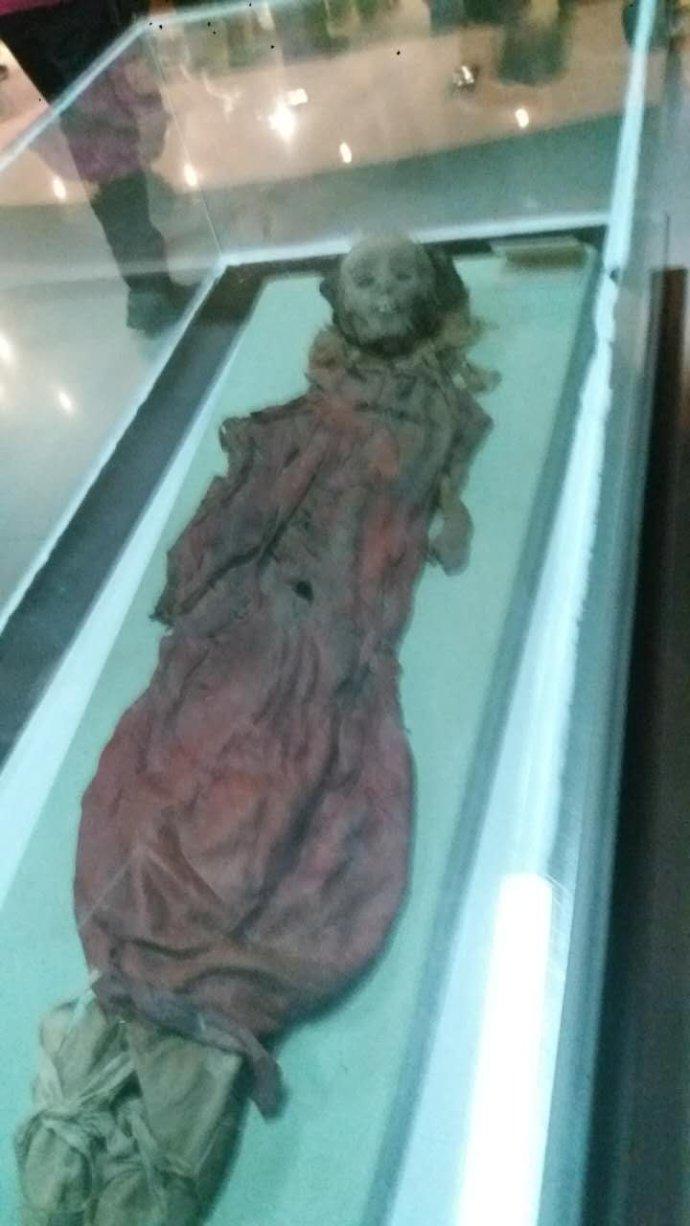 南疆和田博物馆的千年女尸生前很时髦
