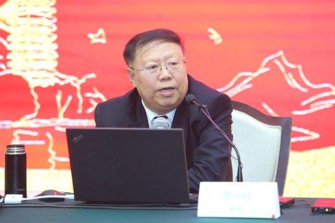 把中国资本市场建成公正、透明、高效的市场