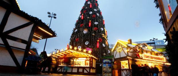 想过个环保圣诞节?要从找一棵环保圣诞树开始