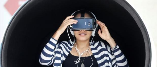 """""""每个人都该体验一回VR,尤其是那些身处困境的人。"""""""