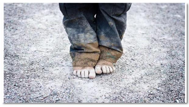 穷国之所以穷,是因为它们没有钱吗?