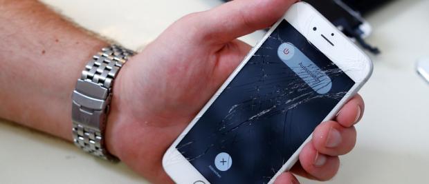 从此手机不怕摔!自愈玻璃让你远离手机贴膜