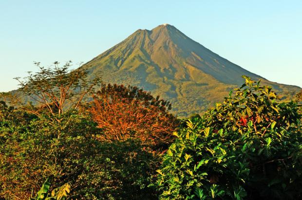 哥斯达黎加之旅:火山脚下泡温泉