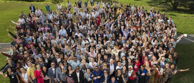世界在分化,但青年人和社会企业家们正让它重新联结