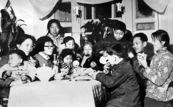怀念那个年代的春节是怀念亲情而不是贫穷