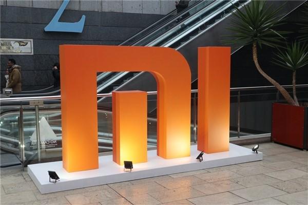 小米到底是一家硬件公司还是互联网公司?