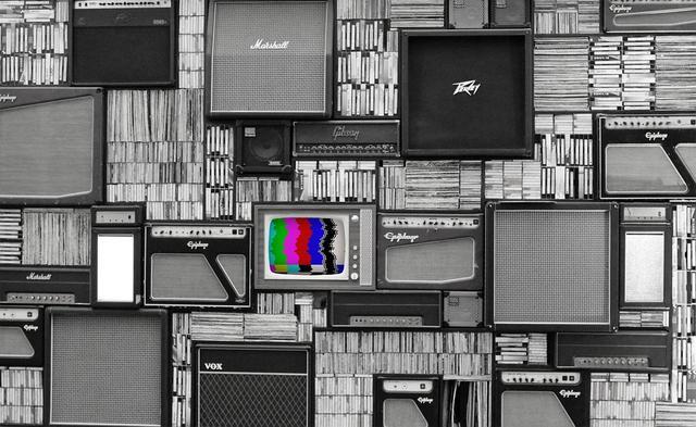 卖十年电视比不上卖房一套,击败康佳们的真是雷军吗?