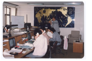 打开中国现代国际金融序幕的十年